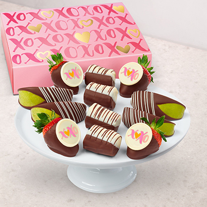 Love is Sweet Dipped Fruit Trio™