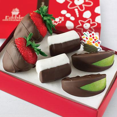Chocolate Dipped Strawberries, Apples & Bananas Box