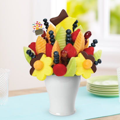 Delicious Daisy®  Dipped Pineapple & Fresh Blueberries