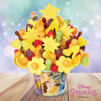 Dream Big – Disney Princess Bouquet™ Dipped Strawberries with Pink Swizzle