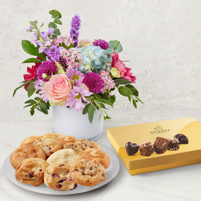 Mothers Day Flowers & Treats Bundle