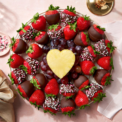 Valentines Day Sweetheart Berry Platter