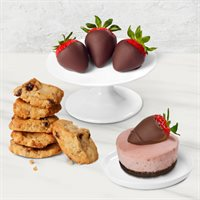 Dipped Strawberry Charms Treat Box